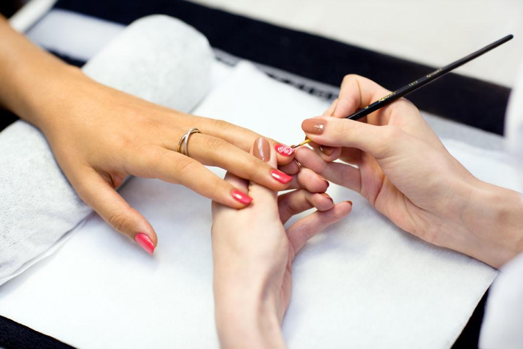 Acrylic painting nails
